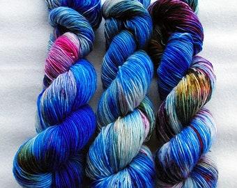 Merino SINGLE yarn, 100% Merinowool 100g 3.5 oz.Nr. 143