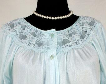 Vintage Gilead Pale Blue Nylon and Lace Robe Peignoir Medium