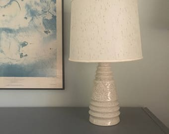 Vintage Ceramic Table Lamp White Speckle Glaze Mid Century Atomic