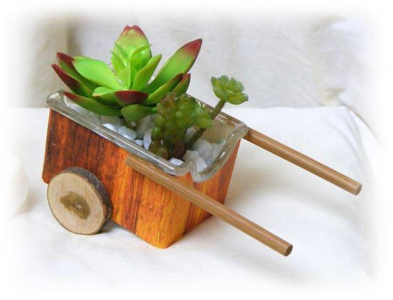 """Wagon Style """"Tiny Treasure"""""""