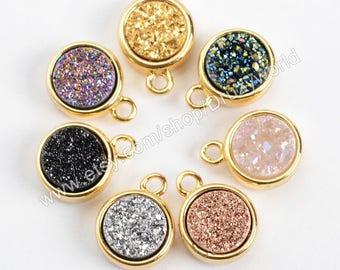 Wholesale Tiny Gold Plated Bezel Round Rainbow Natural Titanium Agate Druzy Charm Pendant Small Drusy Gemstone Bead Making Jewelry ZG0151