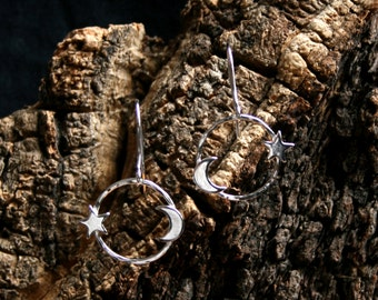 Moon & Stars. Sterling Silver dangle earrings. 'Forest friends' collection. Crescent moon, tiny stars.