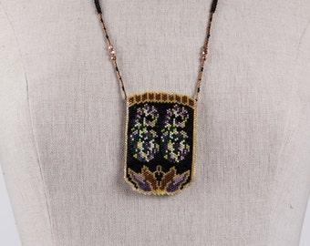 Amulet Bag Flower