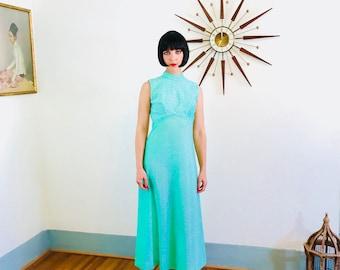 des années 70 maxi robe, robe vert anis, robe disco des années 1970, robe maxi métallique, des années 60 robe d'hôtesse, robe de soirée cocktail, vintage longue robe, lumineux