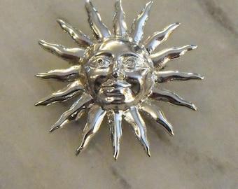 Vintage Smiling Silver Sun