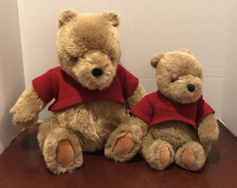 Lot of 2 GUND Classic Pooh Red Knit Sweater Plush Toy Disney Winnie the Pooh