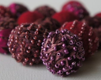 Felt Beads, Extra large Beads, Red shades Beads, Felt Balls Felt Beads Felted Balls Wool Beads, Round