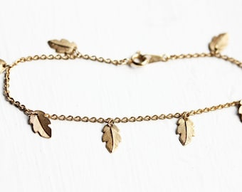 Leaf Chain Bracelet, Leaf Bracelet, Gold Charm Bracelet, Gold Chain Bracelet, Nature Bracelet, Organic Bracelet, Leaf Charm Bracelet, Chain