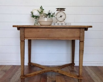 Antique English Scrubbed Pine Table With Hidden Storage