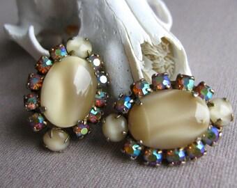 Vintage Earrings, Rainbow Rhinestone Earrings, 1950's Jewelry, Rhinestone Jewelry, Bridal Jewelry