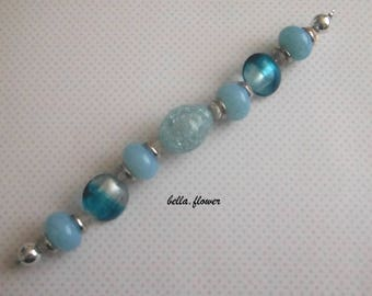 Set of beads in shades of turquoise