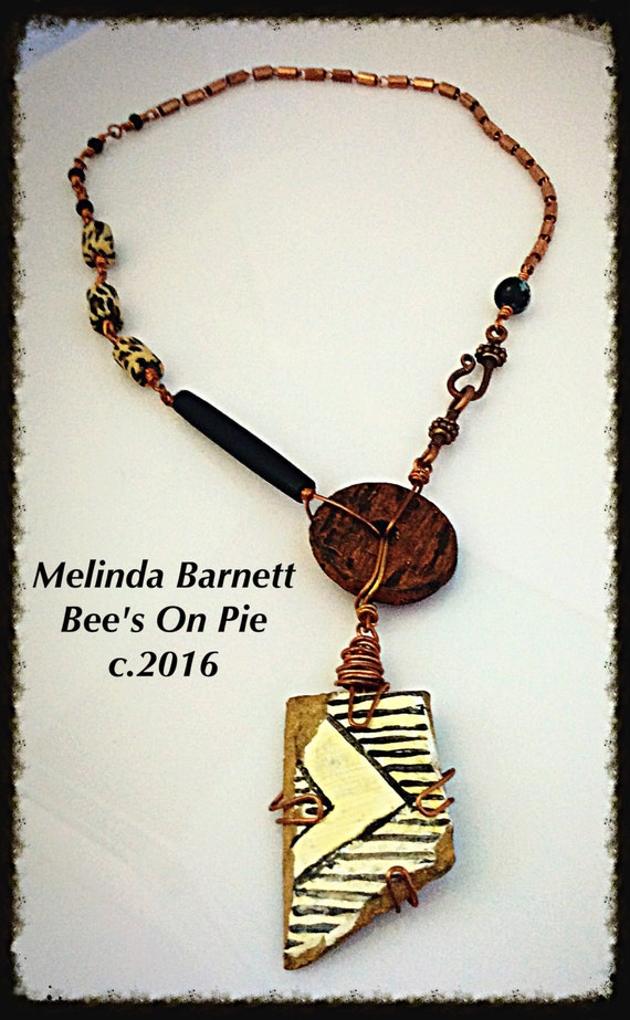 Pretty Pottery Shards Necklace by #melindabarnett #queenebead