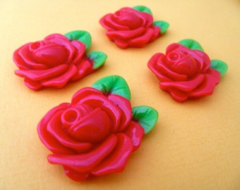 Half price sale! 4 x vintage style red rose cabochon