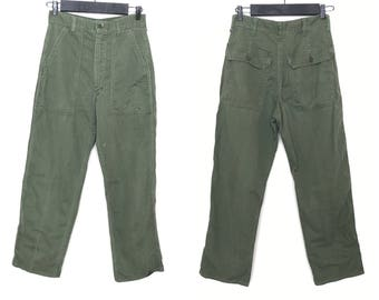 Vintage 60s 70s OG 107 Olive Green Army Pants | Vietnam Utility Fatigues Military Trousers | Waist 29