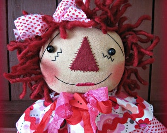 Primitive Artist Valentine's Day Raggedy Annie Head Ornament
