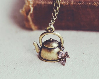 autumn at the tea house necklace.