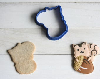 Acorn and squirrel cookie cutter