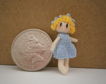 """Tiny knitted doll 2.5cm / 1"""" tall"""