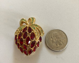 Costume fruit pin