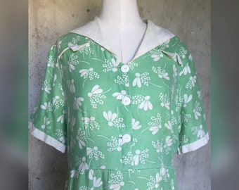 Summer Time 1930s Frock with Sailor Collar Lazy Daisy 40 Bust