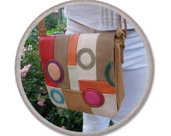 beige MESSENGER bag - GEOMETRIC BAG - everyday bag - shoulder bag - faux leather bag - zipper trendy bag - womens Bag abstract square circle