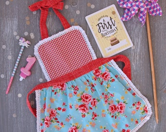 Toddler Apron, Kids Aprons, Baby Girl Apron, Cake Smash Aprons, 1 year old apron, Child Aprons, Kids Kitchen Aprons, Baby Christmas Gifts