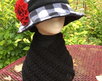 Black and white plaid ladies winter hat