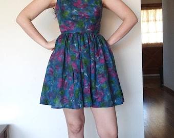 1960s floral full skirted mini dress // small