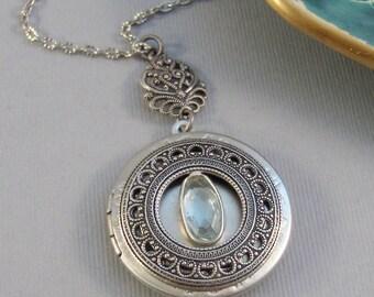 Blue Topaz,Locket,Blue Locket,Antique Locket,Silver Locket,Topaz Locket,Blue Topaz Necklace,Gemstone Locket,Gemstone Necklace,Genuine