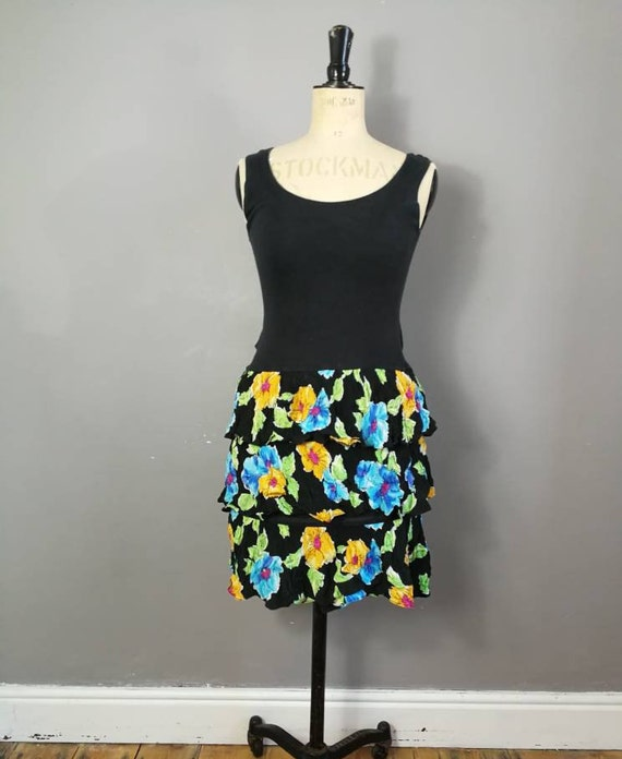 90s ruffle mini dress / 90s sun dress / black floral ruffle short dress / vintage black summer dress / 90s grunge sun dress UK 10