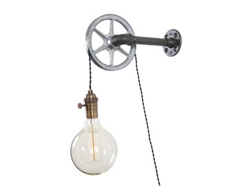 Pulley Light - Wall Light - Industrial Lighting - Lighting - Wall lighting - Industrial light - Bar Light - Pub Light - Steampunk Light