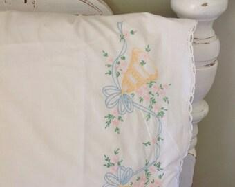Vintage Wedding Bells Pillowcase.....Pima cotton.....Excellent condition.....1950s