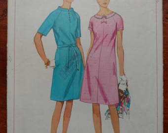 Vintage 1966 Simplicity Dress Pattern Misses Size 20 Bust 40 #6896