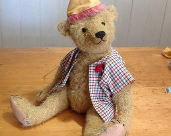 Hampton Bears, Peeps, 14 1/2 inch antique style Artist Bear