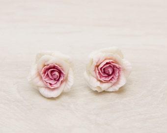 Pink White Floral earrings Flower earrings Rose stud polymer clay earrings Clay rose earrings Wedding earrings bridal flowers earrings