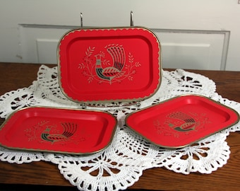 Tip trays-bird motif- red-black-white-retro servingware-set of three miniature trays