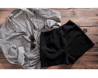 VINTAGE• 1990s Black Tap shorts