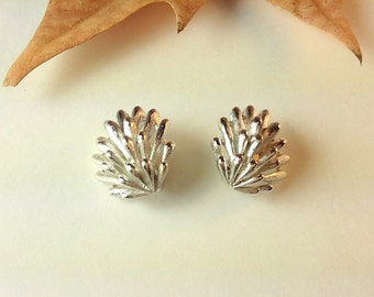 Vintage Trifari Silver Leaf Clip On Earrings