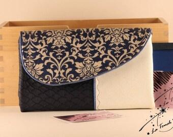 The integral Baroque blue wallet