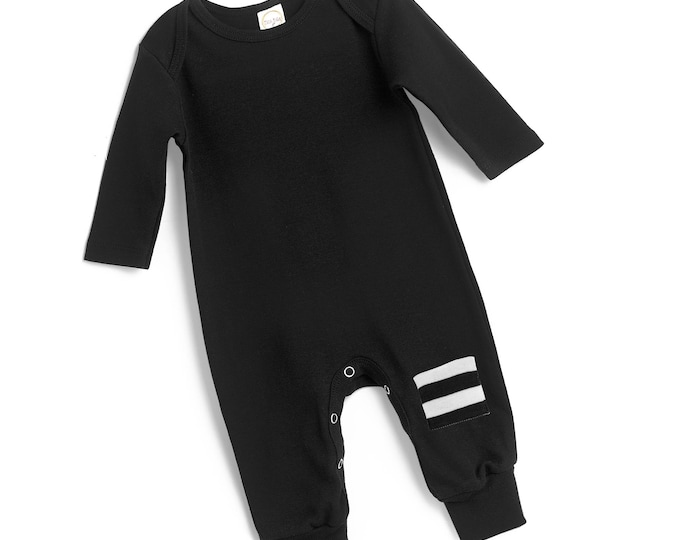 Newborn Baby Coming Home Outfit, Newborn Baby Boy Girl Black White Outfit, Baby Minimalist Bodysuit Unisex, TesaBabe