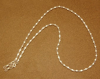 Santa Fe spectacle chain - Silver hexagon beads on silver links.