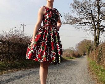 1950s inspired Betty Draper dress