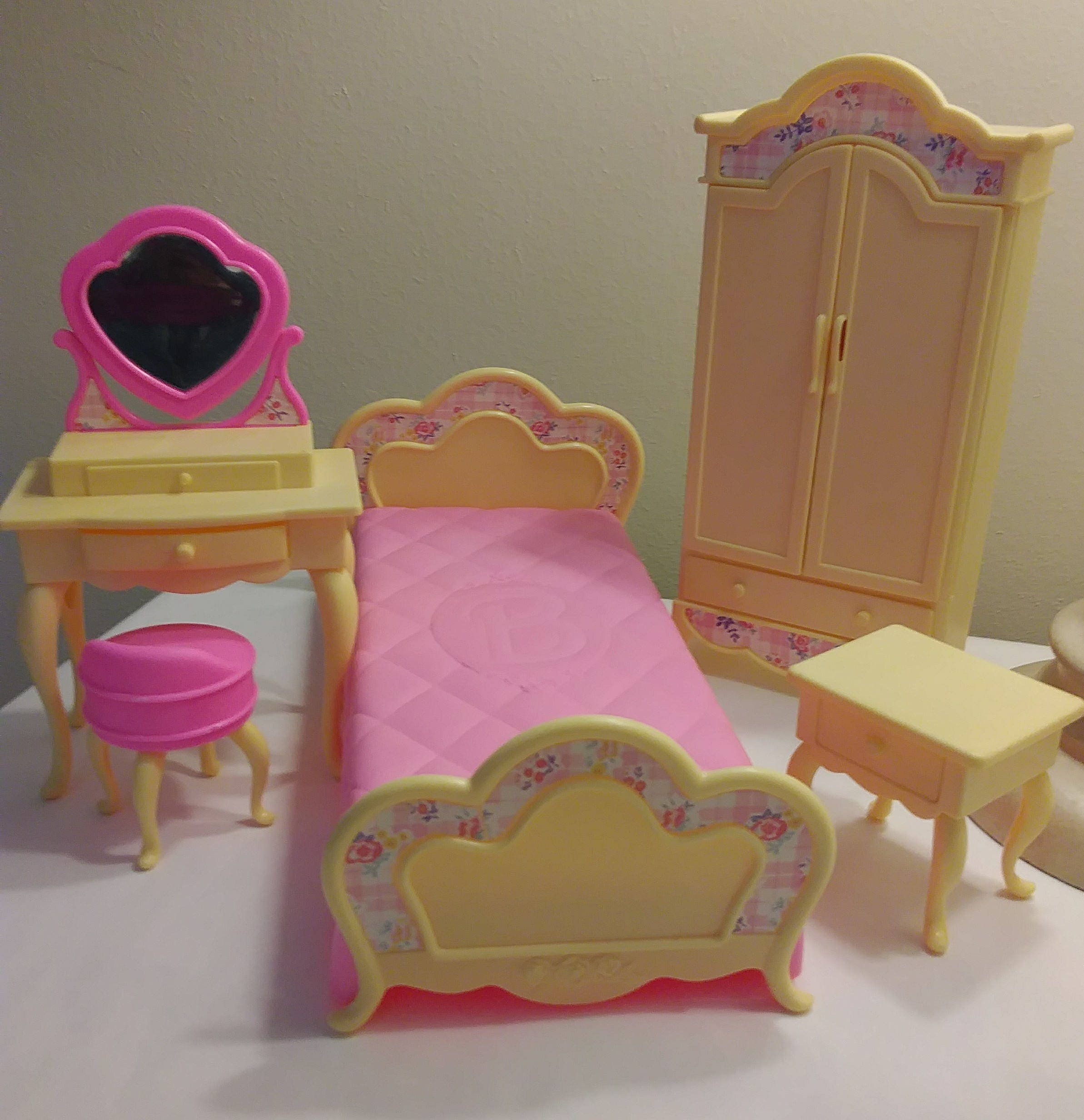 by princess hot pink beautiful bedroom barbie on pinterest pie beauty real room life pin decor