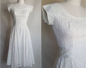 50s Lace Dress • Vintage 1950s White Wedding Dress • Size S Small