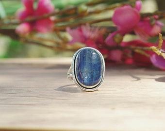 Kyanite ring, 925 sterling silver, size 55