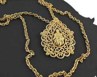 Bohemian Victorian Inspired Gold Teardrop Pendant Necklace