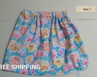 Bright floral size 7