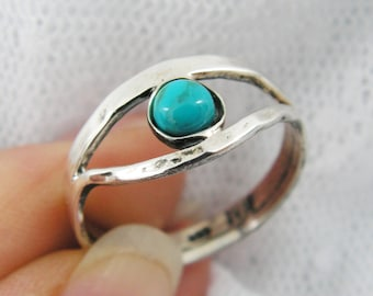 Turquoise ring. Sterling silver ring. Silver turquoise ring. Eye of ra ring. Egyptian ring. Turquoise jewelry. (sr-9628-596)