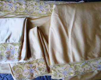 Sensual Satin Sheet Set Vintage 1970s Nylon Gold Lace Lavender Pillowcase