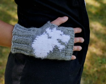 Game of Thrones House Stark Fingerless Gloves - Texting Gloves Wristwarmers - Grey Stark Direwolf Hand Knit Fingerless Mittens